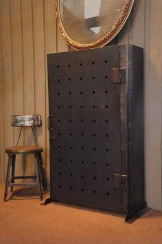 Antique kluis kas 1