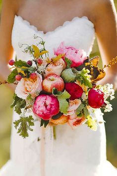 Fall Wedding Bouquets For Autumn Brides ❤ See more: http://www.weddingforward.com/fall-wedding-bouquets/ #weddings