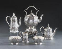 OnlineGalleries.com - A VICTORIAN SEVEN PIECE TEA & COFFEE SET
