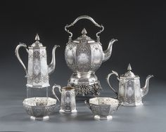 OnlineGalleries.com - A VICTORIAN SEVEN PIECE TEA & COFFEE SET