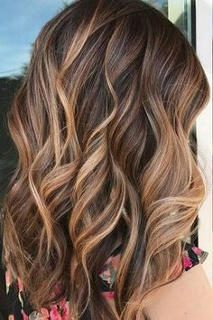 Fall hair color inspo: A perfectly executed balayage to give this client caramel, sunkissed highlights. Fall hair color inspo: A perfectly executed balayage to give this client caramel, sunkissed highlights. Brown Hair With Blonde Highlights, Highlighted Hair For Brunettes, Brunette Highlights Lowlights, Blonde Highlights On Brown Hair, Caramel Balayage Highlights, Brunette With Blonde Highlights, Hair Styles With Highlights, Balyage Caramel, Brown Hair With Caramel Highlights Medium