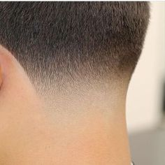 Neck Taper- BLURRY FADE - Taking a close look at a well executed fade, the result should be a blur as hair tapers down to the skin. Mens Hairstyles Fade, Cool Hairstyles For Men, Hairstyles Haircuts, Haircuts For Men, Barber Hairstyles, Temp Fade Haircut, Taper Fade Haircut, Tapered Haircut, Short Hair Cuts