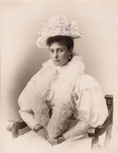 """The last Russian Empress Alexandra Fyodorovna born Princess Alix of Hesse-Darmstadt "" Anastasia, House Of Romanov, Alexandra Feodorovna, Tsar Nicholas Ii, Imperial Russia, Edwardian Era, Victorian Era, Victorian Women, Kaiser"