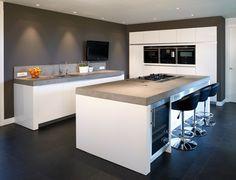 Moderne keuken Radius Ral 9016