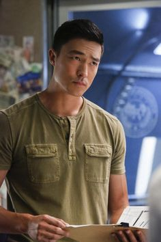 Criminal Minds: Beyond Borders begins its second season tonight, and we spoke with Daniel Henney about expectations and goofing around. Daniel Henny, Daniel Day, Spencer Reid, Daniel Henney Criminal Minds, Luke Alvez, Behavioral Analysis Unit, Dry Sense Of Humor, Season 2, Second Season