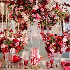 We are thrilled to have our #Galentines Day Event featured today on @weloveluxelife! Creative Partners: Photo by @karinapiresphotography Event Designer: @clarissa_rezende  Flowers: @celiosdesign Fashion Designer: @marthamedeirosreal Candybar: @candybarcouture Hair Stylist: @fiihhr Makeup: @violetgrey Favors: @simplybrigadeiro Juice Bar: @purejuiceology Catering: @le_watarai