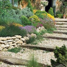 gravel and railway ties - note the solar lighting Garden Stairs, Garden Gates, Front Yard Garden Design, Outdoor Projects, Outdoor Decor, Garden Levels, Hillside Garden, Garden Planning, Backyard Landscaping