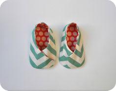 Mijo http://www.emmayrob.com/mijo-esos-irresistibles-pies-blanditos/