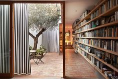 Ricart+House+by+Gradoli+&+Sanz+in+Valencia,+Spain.