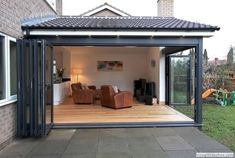 Bi-folding doors aluminum suppliers internally double glazed T .- Bi-Falttüren Aluminium Lieferanten intern doppelt verglast Terrasse Holz Holz H… Bi folding doors aluminum suppliers internally double glazed terrace wood wood wood French - Carport Designs, Pergola Designs, Double Vitrage, Backyard Patio Designs, Backyard Ideas, Patio Ideas, Landscaping Ideas, Sunroom Ideas, Yard Landscaping