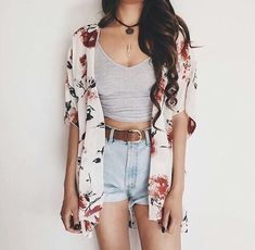 Classic outfit, crop top, hws, cardigan. Spring summer fall cute outfit