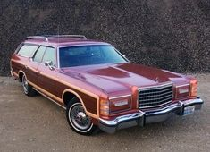 1978 FORD LTD COUNTRY SQUIRE