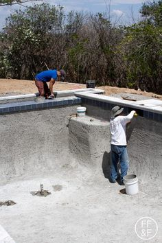 Front and Backyard Renovation: Pool Tile and Coping Diy Swimming Pool, Swimming Pool Construction, Diy Pool, Swimming Pool Designs, Palm Springs, Pergola, Moderne Pools, Villa Pool, Backyard Renovations