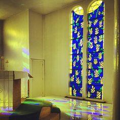 これぞ傑作!アンリ・マティスのロザリオ礼拝堂は3つの色と光が織り成す美しき場所   キナリノ
