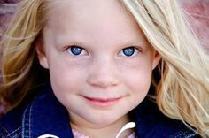 Emilie Parker, 6 years old, Sandy Hook Elementary School victim. We mourn for you, little angel.