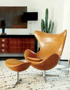 1968 Arne Jacobsen Egg Chair - Frida Giannini home
