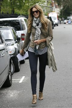 Elle Mcpherson - such a hot mom. Great stuff.