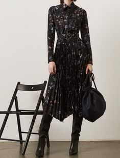 Markus Lupfer Pre-Fall 2019 Fashion Show Collection: See the complete Markus Lup.Markus Lupfer Pre-Fall 2019 Fashion Show Collection: See the complete Markus Lupfer Pre-Fall 2019 collection. Look 24 Fall Fashion Trends, Fashion Week, Autumn Fashion, Fall Trends, Girl Fashion, Preteen Fashion, Fashion Fashion, Fall Outfits, Fashion Outfits