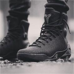 8c67bb6a8 Nike Kobe 9 High KRM EXT