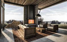 DKOB Kachelofen - moderne Kamine & Kachelöfen vom Profi Outdoor Furniture Sets, Outdoor Decor, Firewood, Patio, Home Decor, Outside Wood Stove, Contemporary Fireplaces, Open Fireplace, Traditional Design