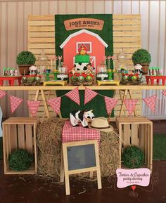 Party deko scheune geburtstag 36 Ideas for 2019 – Farm Animal Party, Farm Animal Birthday, Barnyard Party, Cowboy Birthday, Farm Birthday, Farm Party, First Birthday Parties, Farm Theme, 1st Birthdays