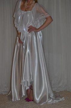 Gorgeous vintage silky satin nylon lace full sweep long nightgown in excellent vintage condition. Beautiful pearl bridal white color satin nightgown with beautiful lace ruffle trim straps and unbelievably gorgeous alluring full sweep skirt. Satin Nightie, Silk Nightgown, Satin Lingerie, Satin Gown, Satin Slip, Pretty Lingerie, Vintage Lingerie, Beautiful Lingerie, Satin Dresses