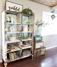 Adding That Perfect Gray Shabby Chic Furniture To Complete Your Interior Look from Shabby Chic Home interiors. Rustikalen Shabby Chic, Muebles Shabby Chic, Shabby Chic Homes, Shabby Chic Furniture, Country Furniture, Shabby Chic Shelves, Shabby Chic Office, Décoration New York, Kitchen Cabinets Models