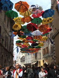 land art_umbrellas