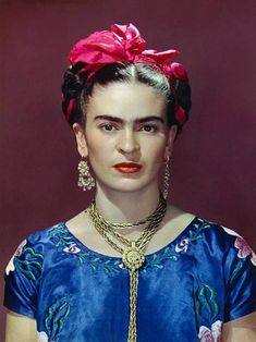 Frida Kahlo, photo by Nickolas Muray, New York, 1939.