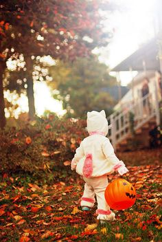 I still get as excited as a youngster out trick-or-treating for Halloween each year! #kids #Halloween #costume