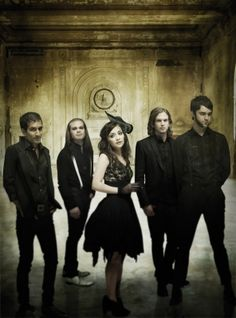 Flyleaf.. She's such a tiny woman, with a big voice, lol
