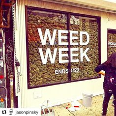 @jasonpinsky ・・・  window shopping in NYC. @viceland #weedweek starts 4/17.  #bongappetit season 2 premiere 4/19 10:30P   Blaze YOUR own trail & tag us in you pics and we will repost #piecemakergear.com #piecemaker #BlazeYourOwnTrail #siliconewaterpipe #thc #ganja #420 #budtender #weedweek #maryjane #marijuana #siliconebongs #シュプリーム #siliconebong #dabbing #hypebae #quickstrike #smokeweedeveryday #supremebusiness #bong #710  #cannabis #stonernation @piecemakergearaustralia .    #