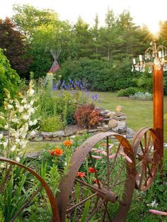A Wisconsin gardener mingles artful pieces with colorful blooms to create a magical yard full of inspiration.