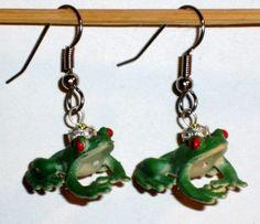 Ohrringe Frosch Damen Ohrschmuck Ohrhänger Edelstahl Modeschmuck Kunststoff Neuware