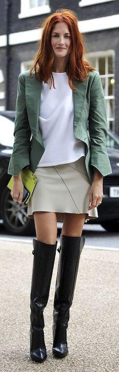 Green Taylor Blazer by Le Fashion