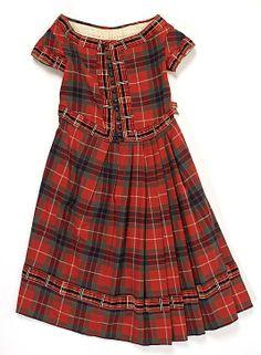 1860s Tartan dress front