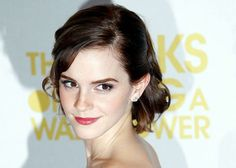 """Cast member Emma Watson arrives for the gala screening of her film """"The Perks of Being a Wallflower"""" at the MayFair Hotel in central London"""