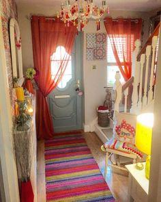 Eminent Coastal Living Room Furniture - Bohemian Home Diy Bohemian Porch, Bohemian House, Bohemian Decor, Bohemian Interior, Boho Chic, Hippie Chic Decor, Hipster Decor, Hippie House, Bohemian Room