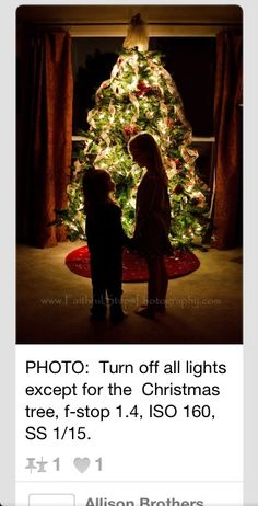 Photographing Kids in Front of a Christmas Tree from Faithful Steps Photography. Dark room (all the lights off in the house except for Christmas tree lights), f-stop ISO SS Make sure kids stand still. Love this idea (can I do this for Christmas)? Noel Christmas, Christmas Photos, Christmas Crafts, Christmas Decorations, Xmas, Holiday Photos, Diy Christmas Card Photo Ideas, Christmas Lights, Sibling Christmas Pictures