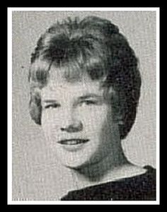 Janis Joplin in my high school junior class Young Celebrities, Celebs, Young Actors, Celebrity Yearbook Photos, Free Youtube, We Are Young, Janis Joplin, Female Singers, Look At You