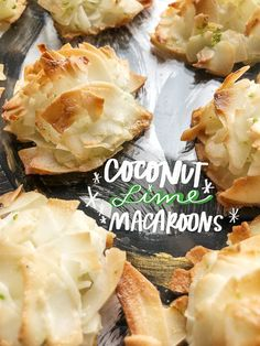 Finally coconut macaroons w/o condensed milk! Coconut Deserts, Coconut Macaroons, Macarons, Macaroon Recipes, Cupcake Bakery, Almond Cakes, No Bake Treats, Gluten Free Baking, Cookie Recipes