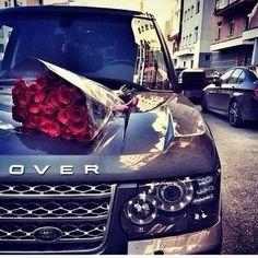 Louer une Voiture de Prestige pour votre mariage ou le mariage d'un proche à Agadir, Marrakech & Casablanca avec Aznag Cars. Agadir, Sexy Cars, Hot Cars, My Dream Car, Dream Cars, Minibus, Billionaire Lifestyle, Car Goals, Range Rover Sport