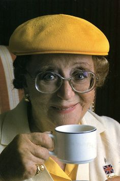 Last of the Summer Wine: 'Edie Pegden' was brilliantly portrayed by the late, great Dame Thora Hird DBE - RIP) English Actresses, British Actresses, British Actors, Actors & Actresses, American Actors, English Comedy, British Comedy, Last Of Summer Wine, Pinterest History