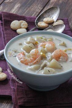 Slow Cooker Shrimp and Corn Chowder Recipe from bakedbyrachel.com