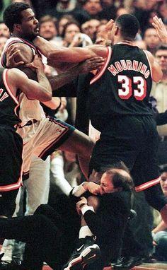 Alonzo Mourning Miami Heat New York Knicks Charles Oakley