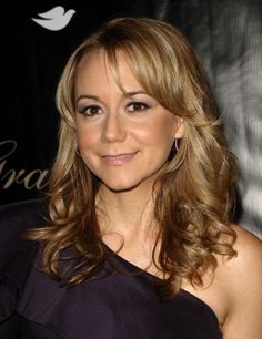Megyn Price 2011-05-24 36th Annual Gracie Awards Gala Beverly Hills
