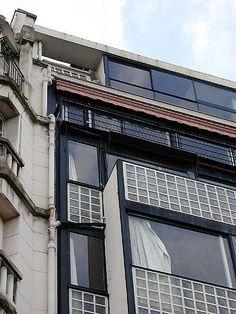 :) Porte Molitor - Le Corbusier