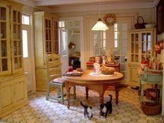 Small-Scale Escape: Maison Perso