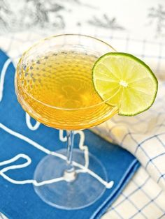 2 parts rum, 1/4 part contrieau, 1/4 part simple syrup, 1 part fresh lime juice. It's soooo gooood! would be perfect on the beach