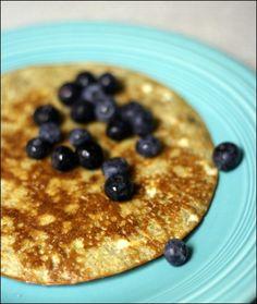 Flour-free pancake recipe. Recipe by: www.fannetasticfood.com